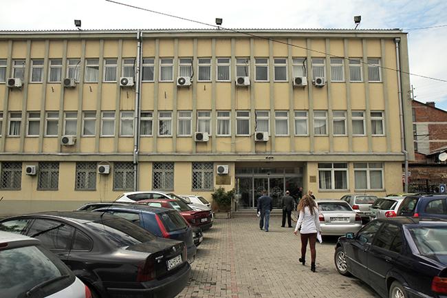 Paraburgim ndaj 4 personave në Prizren për fajde, ryshfet, keqpërdorim i pozitës e mashtrim