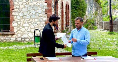 Nënshkruhet memorandum për organizimin e Autostradës Biennale në Prizren